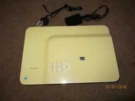 HP FLATBED SCANNER, WITH 35mm SLIDE/Negative capability