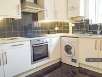 1 bedroom flat in Central Road, Surrey , SM4 (1 bed)