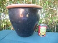 Black Glazed Terracotta Large Sized Garden Pot Garden Planter 28cm Tall (1125)