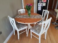 Farmhouse Kitchen Table and 4 Chairs - Extendable