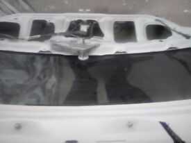 SUZUKI SWIFT 2012 WHITE TAILGATE TINTED GLASS COMPLETE PERFECT CONDITION FITS 3/5DR