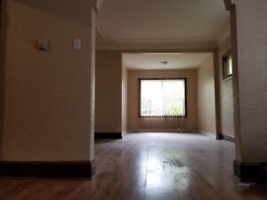 Home for Rent - 373 Selkirk Ave