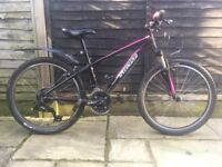 """Specialized Hotrock 24 XC 2013 24"""" Wheel Girls' Mountain Bike (Black / Pink)"""