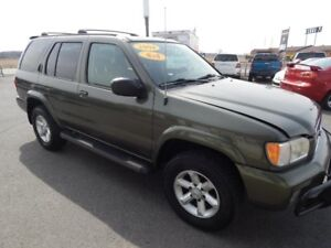 2004 Nissan Pathfinder Édition Chinook/SE/LE