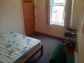 Double Room £295 PCM Bills & cleaning included Tyrrell Street Shared House