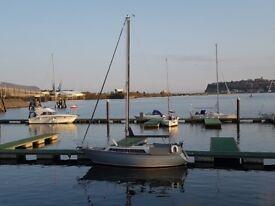 Mirage 28 sailing boat yacht