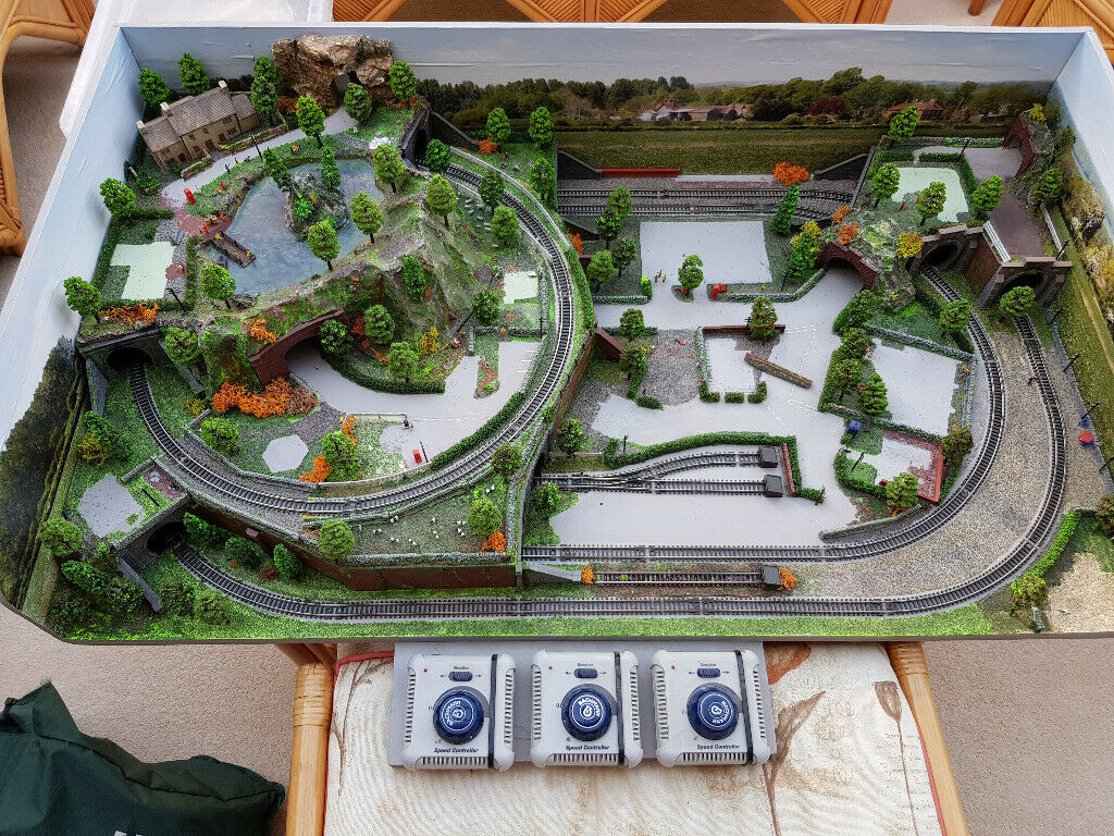 N Gauge Model Railway Layout 40 x24 inches | in New Milton, Hampshire |  Gumtree
