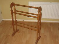Pine Clothes Airer/Stand
