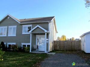 170 900$ - Jumelé à vendre à Chicoutimi Saguenay Saguenay-Lac-Saint-Jean image 1