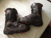 Salomon Synapse/Dailogue size 8uk snowboard boots