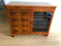 Reproduction Yew Wood Hi-Fi Entertainment Cabinet Unit Cupboard