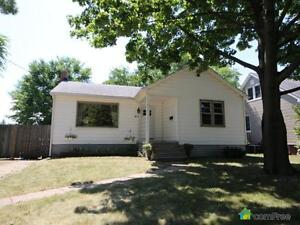 $179,900 - Bungalow for sale in Sarnia
