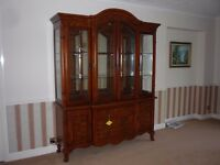 BEAUTIFUL DISPLAY CABINET FOR LOUNGE,LIVING ROOM £150