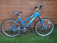 Raleigh azure bike, 26 inch wheels, 18 gears, 18 inch aluminium frame, front suspension, blue,