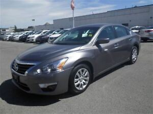 2015 Nissan Altima 2.5 S | Cruise | AUX | A/C | FOG Lights