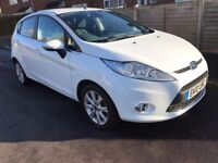 Ford Fiesta 1.4 Zetec, 1 year MOT, Full Service History, 1 Owner, 2 Keys
