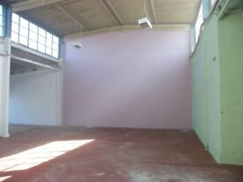 Office space to let in excellent location, no deposit!