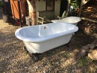 Rolled Top Free Standing Bath