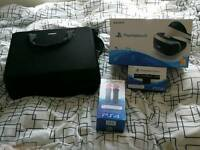 Playstation VR headset, move controllers and carry case