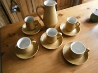 DENBY VINTAGE 'ODE' DESIGN COFFEE POT AND CUPS AND SAUCERS
