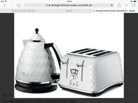 Delonghi white brilliante kitchen set