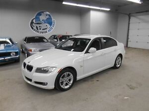 2011 BMW 328 X DRIVE! SUNROOF! AUTO! 79KM! FINANCING AVAILABLE