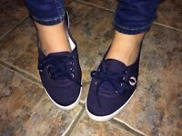 Fred Perry pumps _ immaculate condition -size 6