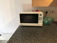 Cheap microwave! Collection only from Peckham