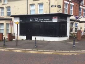 Shop unit to let east Belfast my lady's road £450 per month that includes rates
