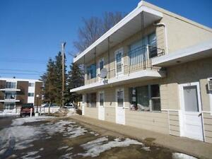 Sherwood Inn - Bachelor Suite Apartment for Rent Camrose