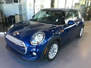 2014 MINI Cooper Fully Loaded Package! Must See!