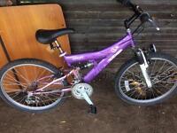 2 teens concept breeze 18 speed mountain bikes £20 each
