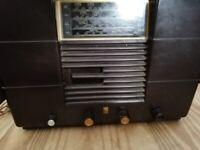 VINTAGE PHILCO BAKELITE RADIO/WIRELESS c1940's