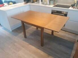 Extendable Oak Veneer Dining table from Debenhams