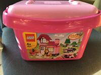 Lego 4625 box of bricks.