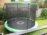 10 FT trampoline in excellent condition