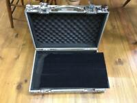 Flightcase Warehouse Spider medium Pro pedalboard flightcase