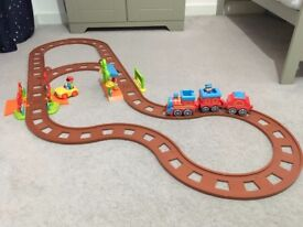 Happyland Country Train Set + Railway Track Extension Set