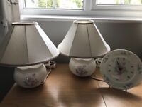 Beautiful pair of aynsley little sweetheart table lamps & shades plus matching wall clock