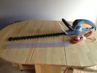 Electric Hedge Trimmer Lightweight TITAN TTB357GHT Garden Cutter