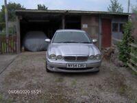 X-TYPE Jaguar 4 doors, MOT Failure 54 Plate, Too Good For Scrap, Spares Or Repair.