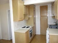 NO AGENT FEES, BRIGHT & AIRY 3 BEDFLAT, SHORT WALK FROM KENNINGTON/OVAL TUBE STATION