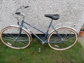 Ladies B.S.A Metro Vintage Cycle 3 Speed. Unused present