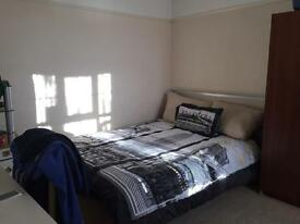 huge double room in east sheen, near Richmond,hammersmith,kew,barnes,putney £650 incl.
