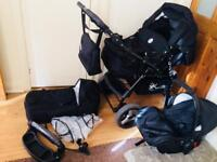 Classic Baby Pram Pushchair 2in1 or 3in1 stroller travel system.