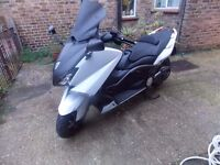 Yamaha XP530 TMAX, 2014, 1 OWNER, WHITE,ONLY 5700MILES, AKROPROVIC,HPI CLEAR, ANY INSPECTION