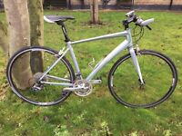 Giant Dash 4 Hybrid Commuter Road Bike Rrp £550