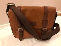 Men's Fossil Canyon Messenger Cognac Brown Leather Bag.