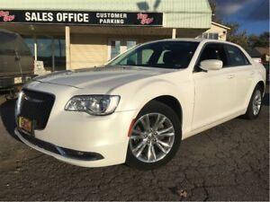 2016 Chrysler 300 Touring LEATHER MOON ROOF BIG SCREEN