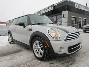 2012 Mini Cooper toit rigide 2012 MINI (LEATHER- PANO SUNROOF)